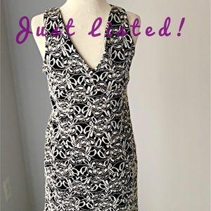 Valerie Bertinelli Black & White V-neck Dress